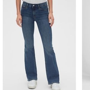 Gap Women's Sexy Boot Cut Fit Jeans